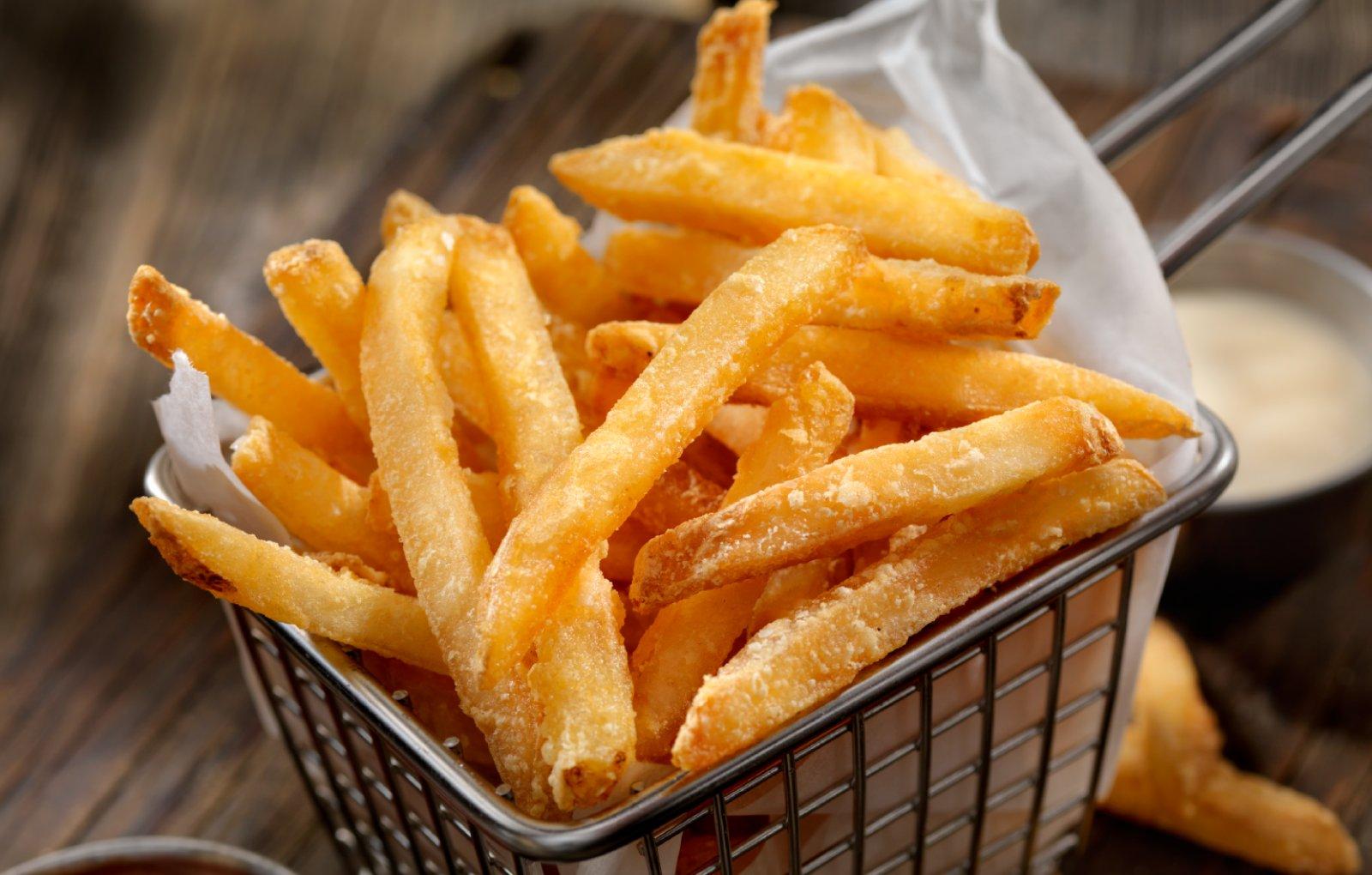 Golden Phoenix shoestring cut crispy fries deep fryed.